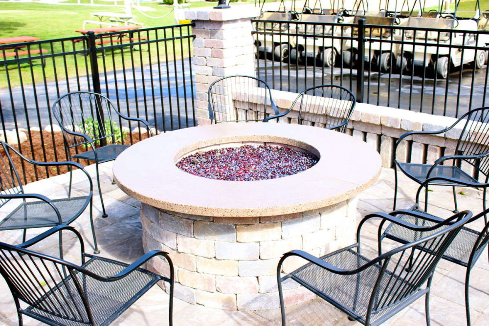 Ground round firepit