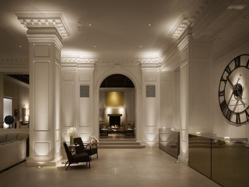 Pump Room hotel lobby
